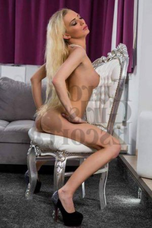 Ozlem escort girls